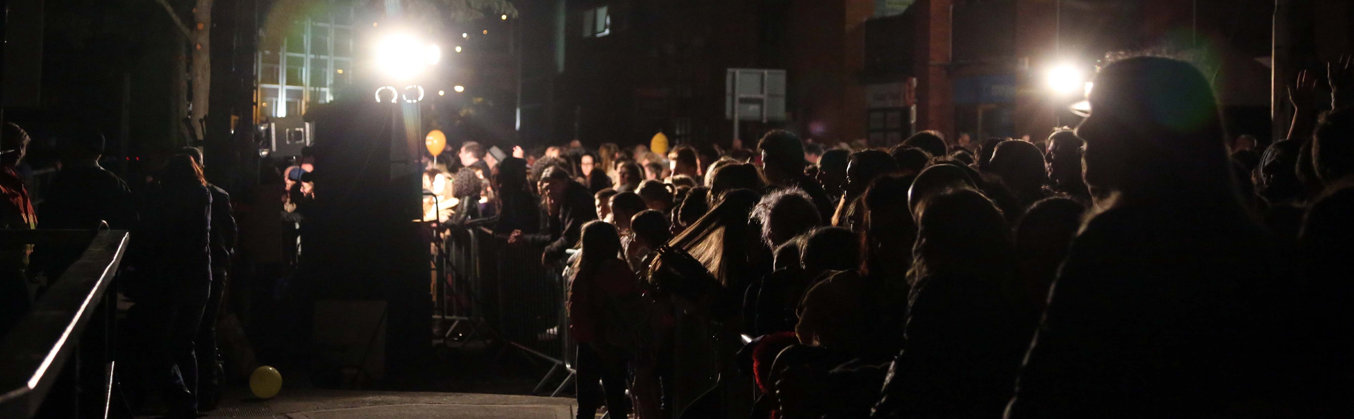 Audiences on the banks of the River Lee for Cork Ignite, Culture Night 2015