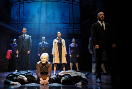 Musical: Blood Brothers at Bord Gáis Energy Theatre (ISL interpreted performance)