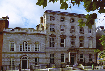 Museum: RadioMoLI, a digital radio station for Irish literature